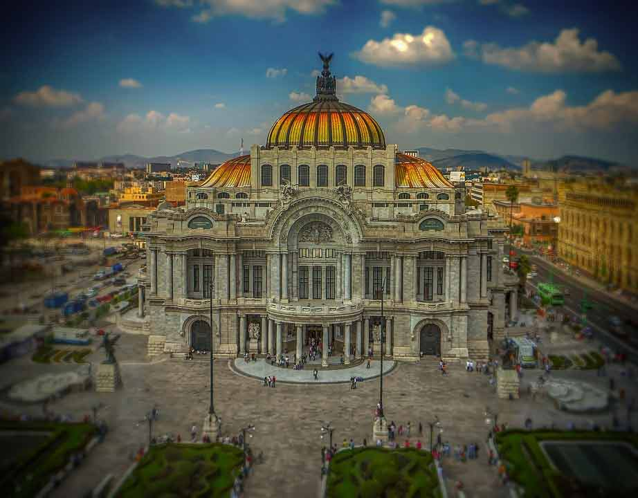 Mexico City in the heart of the second happiest country in the world